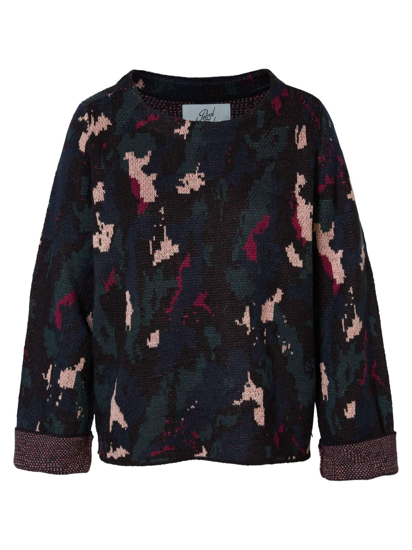 Pullover with all-over print